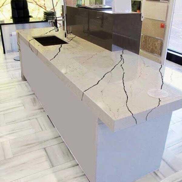 mặt bàn bếp nhân tạo gốc thạch anh HP 138